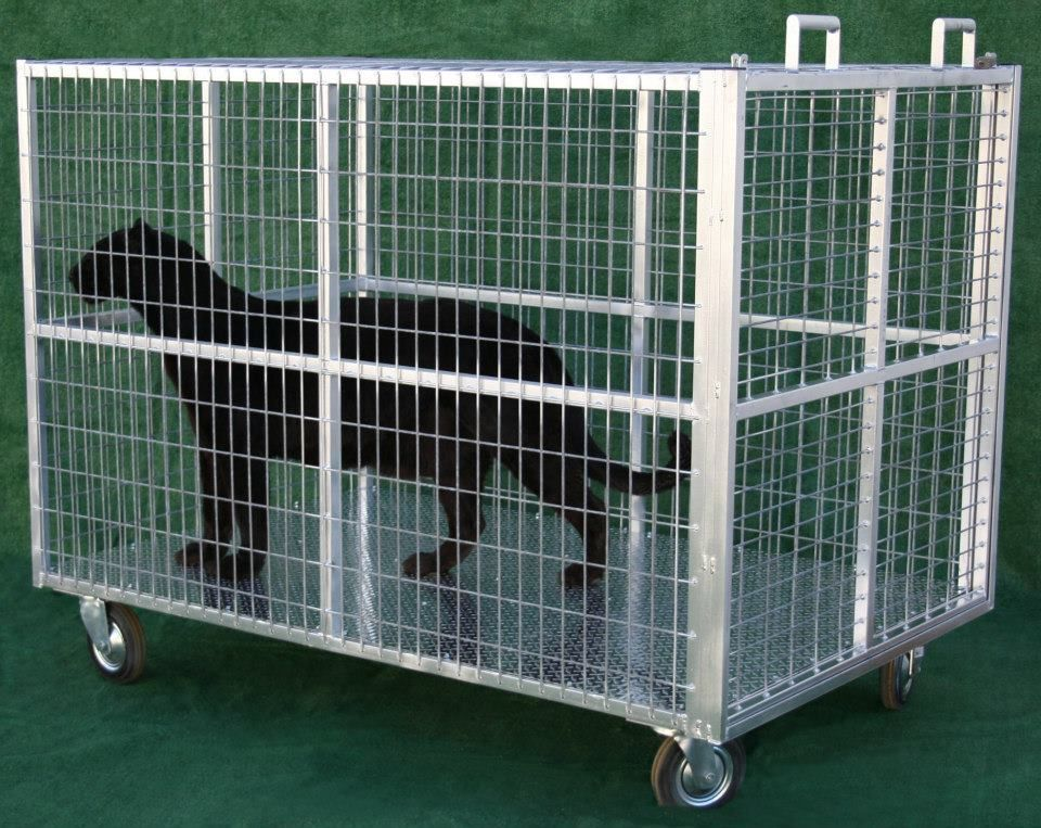 Exotic animal transport cage