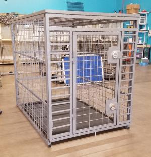 What 2 locks look like on a Giant custom crate