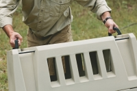 Gunner_Kennels_Handle_Placement_for_Easy_Carry